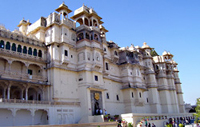 Udaipur Taxi Hire